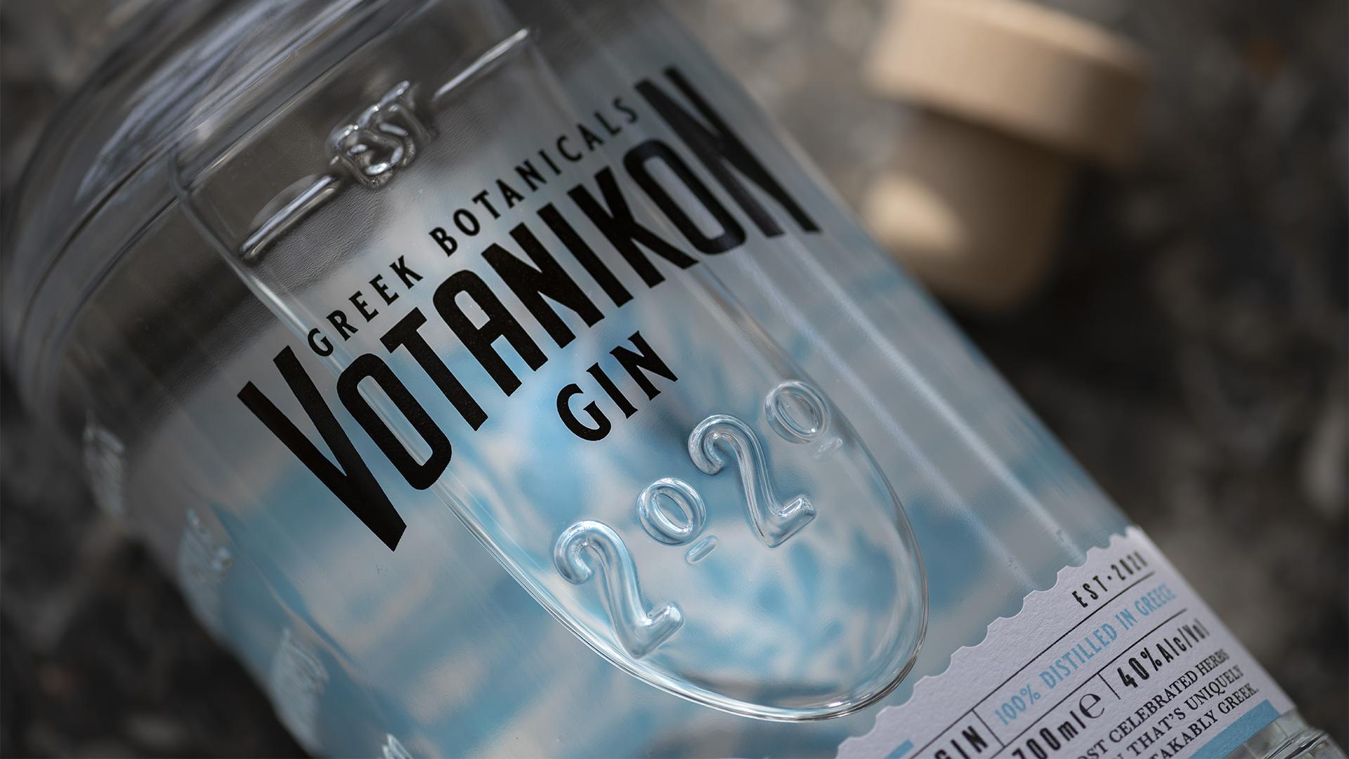 Bouteille de gin Votanikon