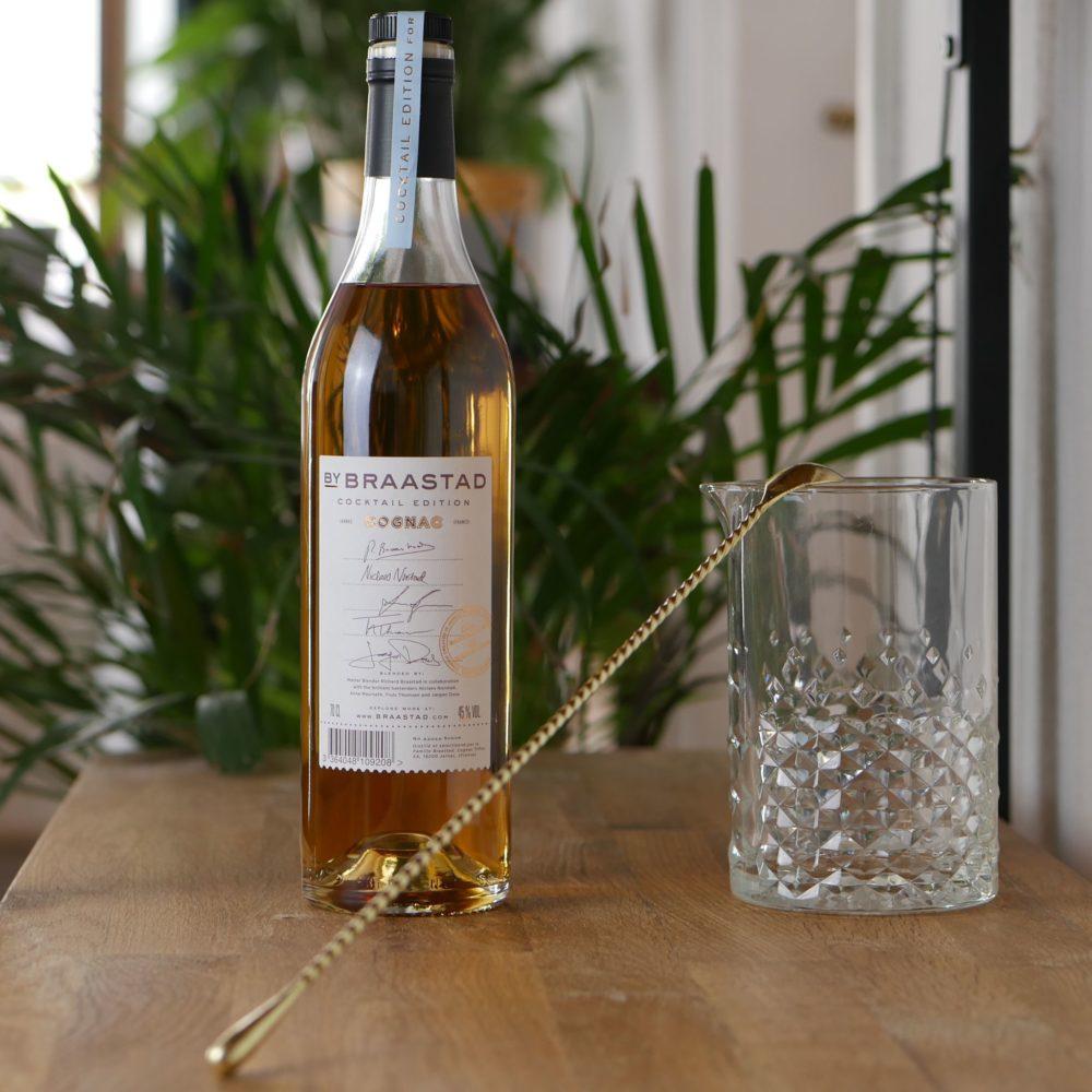 Bouteille de Braastad cognac - C'est une bouteille édition cocktail - avec un verre pour effectuer un cocktail
